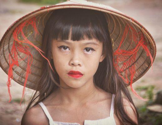 Czy koronawirus jest mniej groźny dla dzieci niż seniorów?