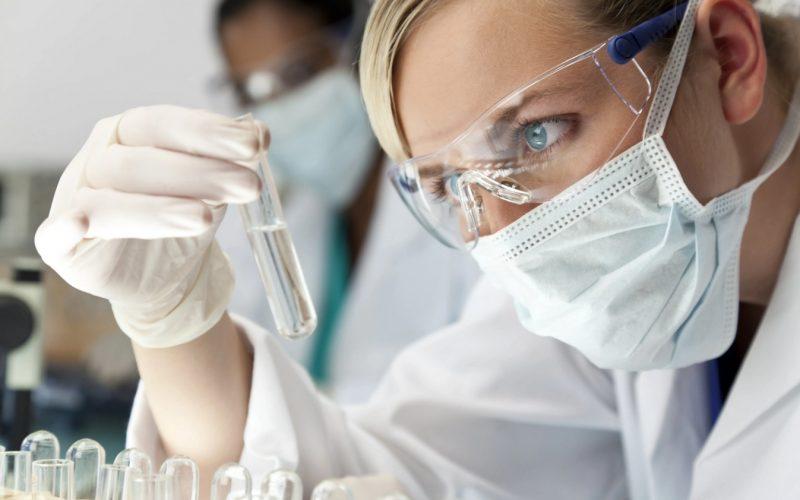Firma Roche rozpoczyna badanie kliniczne III fazy dotyczące stosowania produktu leczniczego tocilizumab w skojarzeniu z lekiem remdesiwir u hospitalizowanych pacjentów z ciężkim zapaleniem płuc w przebiegu COVID-19