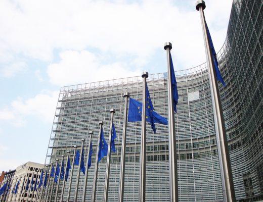 Komisja Europejska apeluje, by w tym sezonie priorytetowo potraktować szczepienia przeciw grypie!